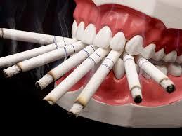اثرات سیگار بر دندان 65416541