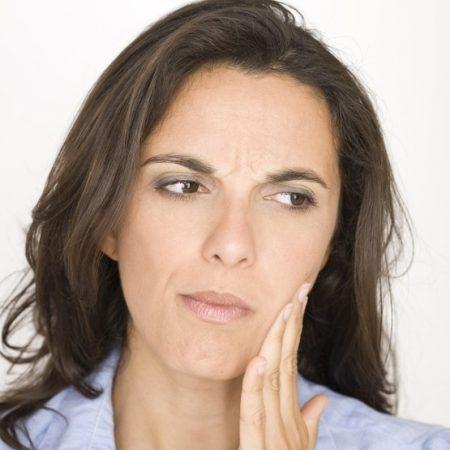 علایم عفونت ایمپلنت دندان چیست 21463