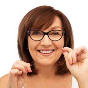 بوی بد دهان بعد از ایمپلنت دندان به چه دلیل است 4545684524562