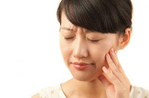 درد شدید ایمپلنت به چه دلایلی ایجاد می شود 8563232413510132