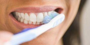 ماندگاری رنگ لمینت دندان 145520036978520