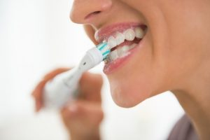 عفونت بعد از ایمپلنت دندان 45646354778201